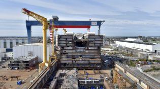 Les chantiers navals de STX, le 2 septembre 2016, à Saint-Nazaire (Loire-Atlantique). (LOIC VENANCE / AFP)