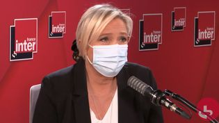 Marine Le Pen, sur France Inter, le 10 décembre 2020. (FRANCE INTER / RADIO FRANCE)