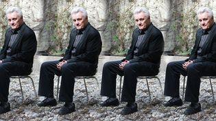 """John Irving à Madrid pour présenter son roman """"A moi seul bien des personnages""""  (Culturebox avec TONI ALBIR/EPA/MAXPPP)"""