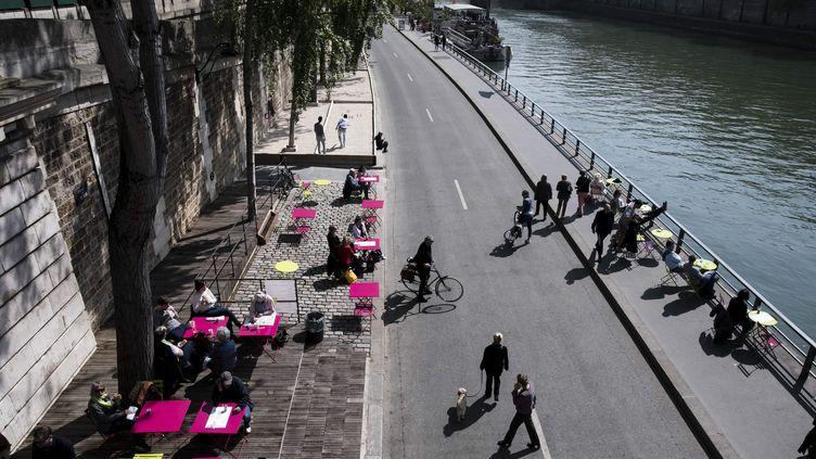 La piétonnisation des berges sur la rive droite au cœur de Paris, le 7 avril 2017. (MAXPPP)