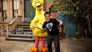 """Le candidat républicain à la présidentielle, Mitt Romney, s'en est pris au héros de la série """"1, rue Sésame"""" pour dénoncer les dépenses inutiles de l'Etat, lors du débat télévisé avec Barack Obama, le 3 octobre 2012. (MATT ORTEGA / TWITTER)"""