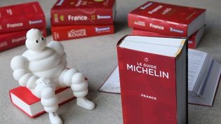 Le guide Michelin (guide Rouge) 2018.  (MAXPPP)