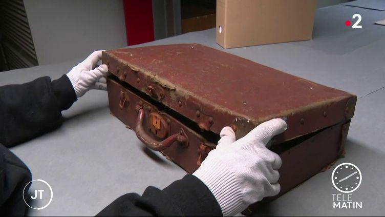 La valise découverte à Lyon. (France 2)