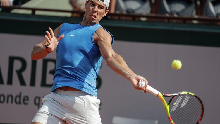 Rafael Nadal à l'entraînement à Roland-Garros (THOMAS SAMSON / AFP)