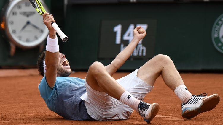 Marco Cecchinato s'effondre : il est en demi-finale de Roland-Garros ! (ERIC FEFERBERG / AFP)