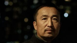 """Le photographeYasuyoshi Chiba, lauréat du """"Prix de la photo de l'année World Press 2020"""". (SHIGGY YOSHIDA / AFP)"""