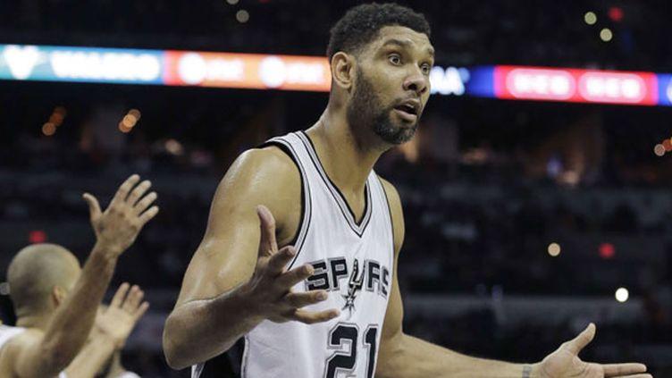 Le joueur des Spurs Tim Duncan