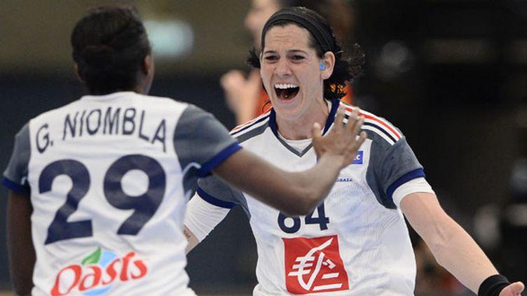Les deux Françaises Gnonsiane Niombla et Alexandra Lacrabère