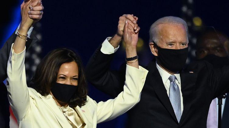 Kamala Harris et Joe Biden, vice-présidente et président élus des Etats-Unis, le 7 novembre 2020. (JIM WATSON / AFP)