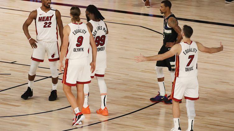 Le Heat mène 2-0 dans sa série contre les Bucks (MIKE EHRMANN / GETTY IMAGES NORTH AMERICA)