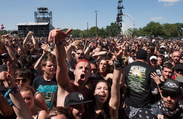 Un échantillon de festivaliers enthousiastes au Hellfest 2015.  (Salom-Gomis Sebastien / Sipa)