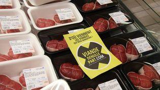 """""""D'où viennent les viandes"""". Campagne sur l'étiquetage du pays d'origine, le 8 mars 2016 (PIERRE HECKLER / MAXPPP)"""