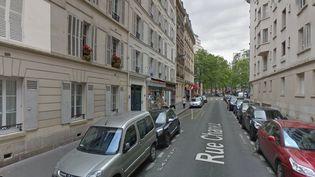 Quatre bonbonnes de gaz ont été découvertes dans le hall et à l'extérieur d'un immeuble du 16e arrondissementde Paris, dans la nuit du 29 au 30 septembre 2017. (GOOGLE STREET VIEW)