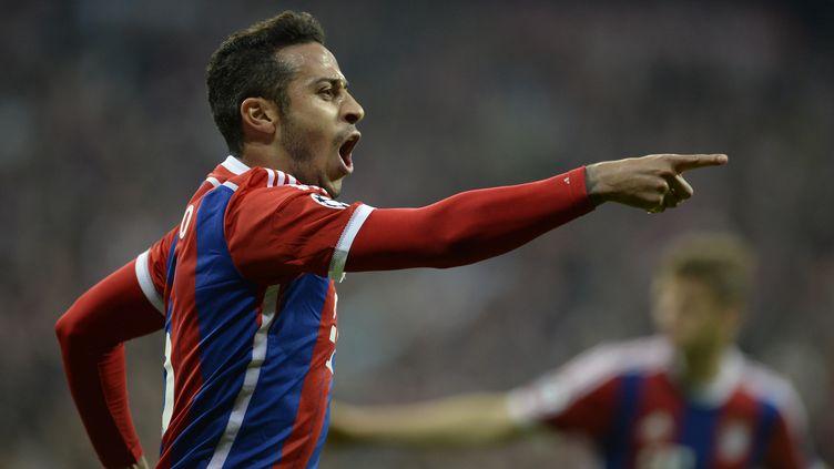 Le joueur du Bayern Thiago Alcantara (CHRISTOF STACHE / AFP)