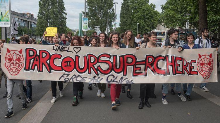 Une manifestationcontre la plateforme Parcoursup à Nantes (Loire-Atlantique), le 7 juin 2018. (ESTELLE RUIZ / AFP)