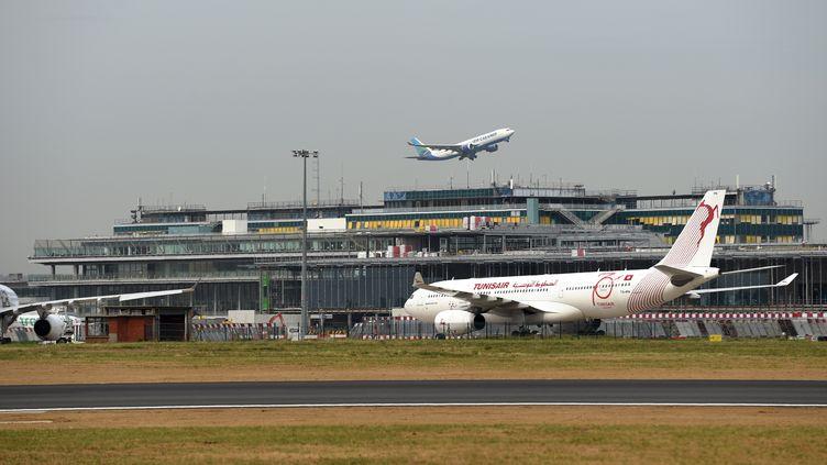 L'aéroport d'Orly (Val-de-Marne). (ERIC PIERMONT / AFP)