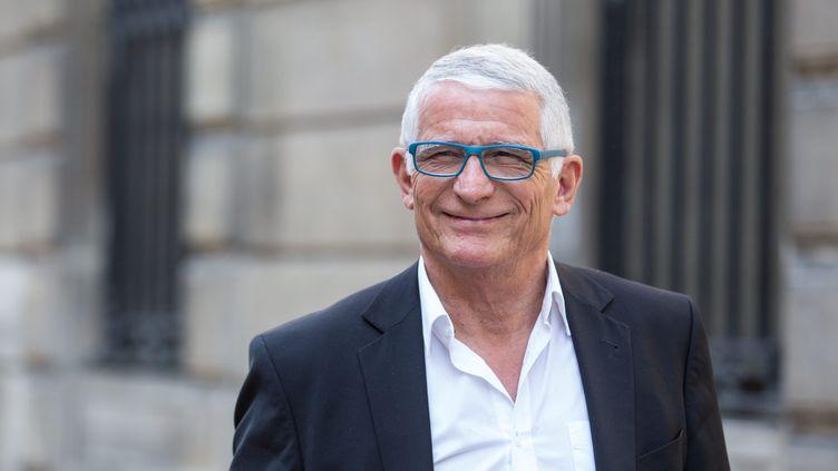 Pierre Cohen lors de son arrivée au siège du parti socialiste à Paris, le 20 juin 2017. (MAXPPP)