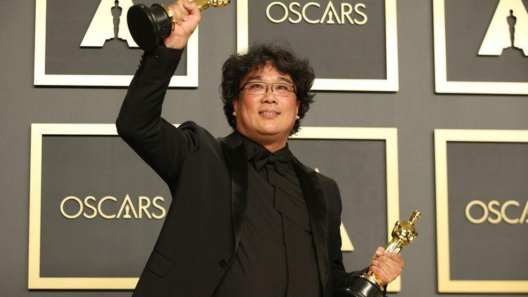 Le réalisateur Bong Joon-ho après la cérémonie des Oscars, le 10 février. (LI YING / XINHUA)