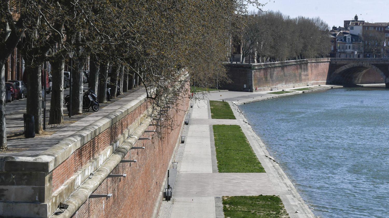 Toulouse : les quais de la Garonne fermés au public dimanche et le week-end prochain pour éviter les rassemble - Franceinfo