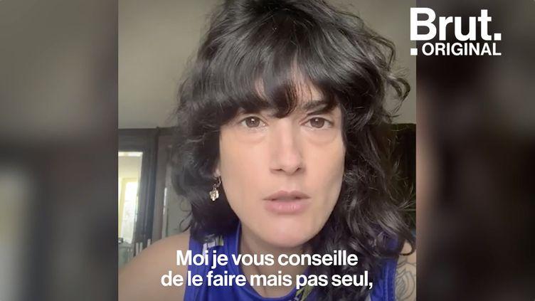 VIDEO. Tuto : comment se couper les cheveux en confinement ? (BRUT)