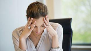 """Le """"burn-out"""", aussi appelé syndrome d'épuisement professionnel"""", touche de plus en plus de salariés. Mais il n'est pas encore reconnu comme une maladie professionnelle. (ERIC AUDRAS / ONOKY / AFP)"""