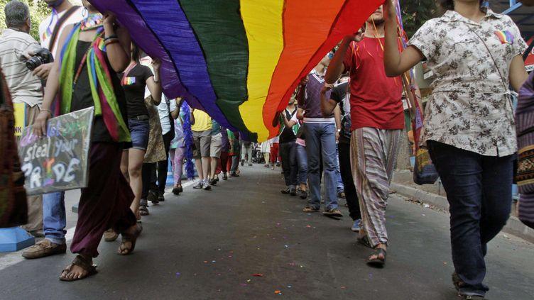 Des manifestants protestent contre les violences visant les homosexuels en Inde, le 2 juillet 2009, à Calcutta. (BIKAS DAS / AP / SIPA )