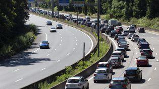 Un accident de la route a fait deux morts et un blessé grave sur l'A6 mercredi 5 juillet à cause d'une voiture qui roulait à contresens. (ROMAIN LAFABREGUE / AFP)