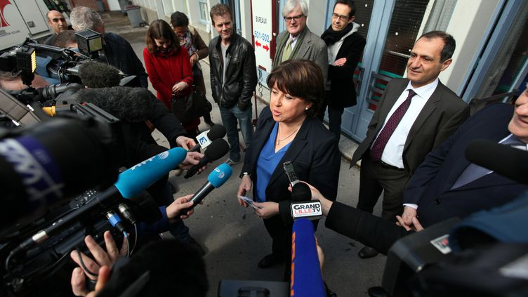 Martine Aubry, maire sortante et candidate PS de Lille (Nord) devant la presse le 23 mars 2014 à Lille (CITIZENSIDE / THIERRY THOREL / APF)
