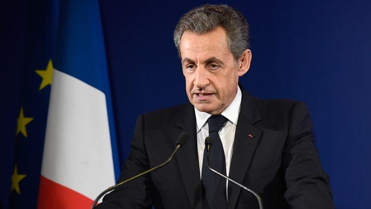 Discours de Nicolas Sarkozy à Paris, le 20 novembre 2016, après son élimination au premier tour de la primaire à droite (ÉRIC FEFERBERG / AFP)