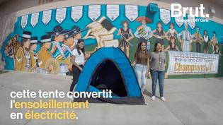 Des adolescentes américaines ont mis au point une tente solaire pour les sans-abri (BRUT)
