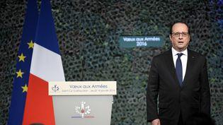 François Hollande présenteses voeux aux Armées devant les militaires de Saint-Cyr Coëtquidan (Morbihan), le 14 janvier 2015 (DAMIEN MEYER / AFP)