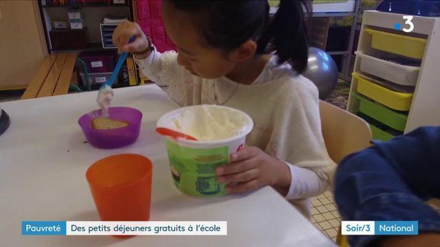 Les petits-déjeuners gratuits à l'école se développent