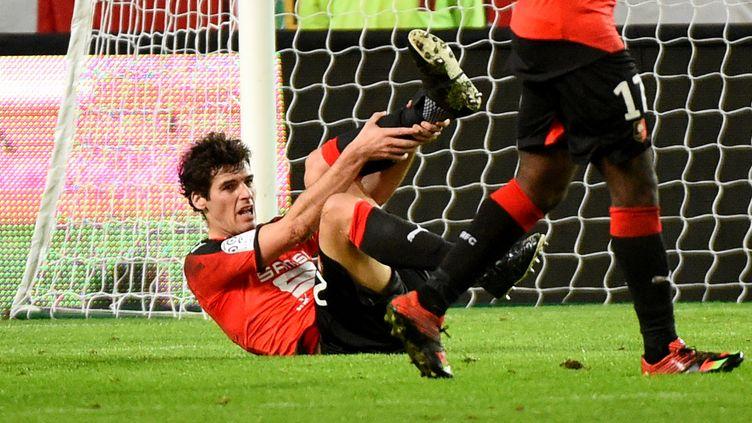 Yoann Gourcuff a fait son retour sur les terrains de L1, sous les couleurs de Rennes, contre Lorient, le 9 janvier 2016. (DAMIEN MEYER / AFP)