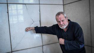 Le réalisateur Terry Gilliam, le 13 mars 2018 à l'opéra Bastille, à Paris. (STEPHANE DE SAKUTIN / AFP)