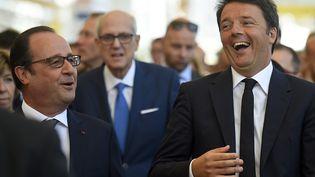 Le président François Hollande et le chef du gouvernement italien Matteo Renzi, à Milan, le 21 juin 2015. (OLIVIER MORIN / AFP)