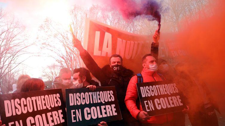 Manifestation de restaurateurs, hoteliers et gérants de discothèques, le 14 décembre 2020 à Paris. (JEAN-BAPTISTE QUENTIN / MAXPPP)
