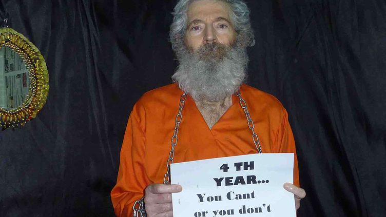 Une photo non datée deRobert Levinson, reçue par sa famille en avril 2011. ( AP / SIPA )