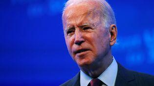 Le candidat démocrate à la Maison Blanche, Joe Biden, donne un discours dans un théâtre deWilmington, aux Etats-Unis, le 27 septembre 2020. (MIKE SEGAR / REUTERS)