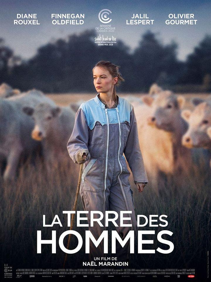 "L'affiche de""La Terre des hommes"" de Naël Marandin (2021). (AD VITAM)"