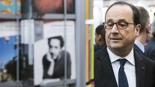 François Hollande au salon du livre, mars 2017  (Etienne LAURENT / POOL / AFP)