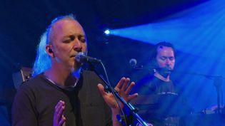 Le groupe Encore Floyd lors des répétitions sur la scène del'Acropolya à La Roche-Posay (Vienne) (France 3 Poitou-Charente)
