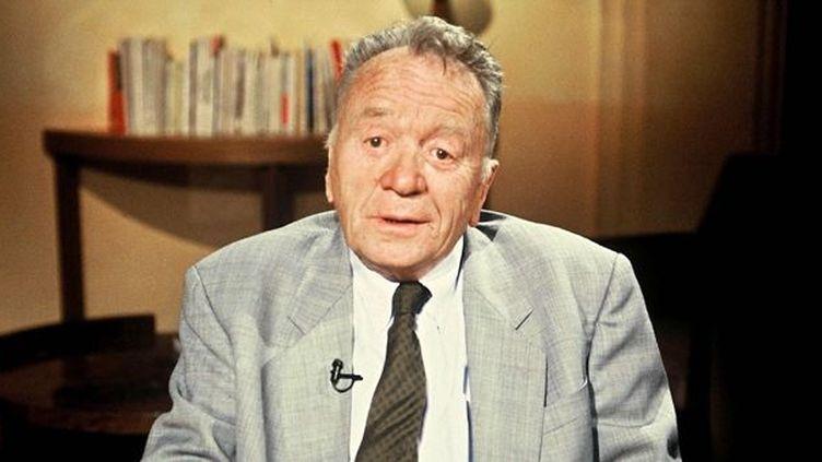 """Gilbert Prouteau dans l'émission """"Ex-Libris"""" sur TF1 (9/6/1992)  (Chognard / TF1 / Sipa)"""
