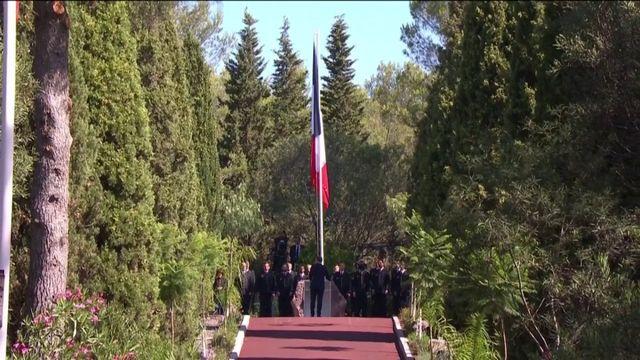 """Emmanuel Macron lance un """"appel aux maires de France"""" pour rendre honneur aux soldats africains de l'armée française qui ont participé à la Libération."""