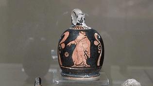 """""""Parfums antiques de l'archéologie au chimiste"""" au musée de la parfumerie de Grasse jusqu'au 31 mars 2016  (France 3 / Culturebox)"""