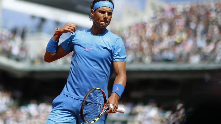 Rafael Nadal, lors du tournoi de Roland-Garros, à Paris, le 3 juin 2015. (KENZO TRIBOUILLARD / AFP)
