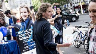 Nathalie Kosciusko-Morizet, le 31 mai 2017, lors d'une permanence mobile dans le 5e arrondissement de Paris. (MAXPPP)