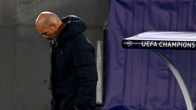 Zinédine Zidane à Madrid, le 21 octobre 2020. (GABRIEL BOUYS / AFP)