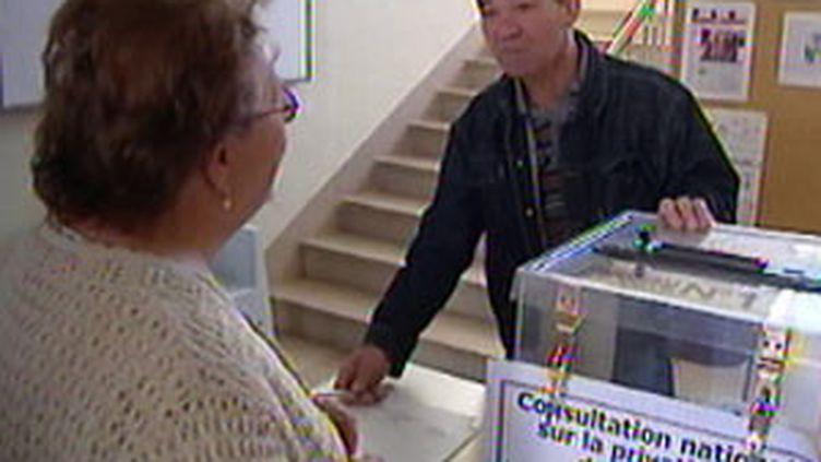 Votation citoyenne pour la Poste, le 3 octobre (© France 2)