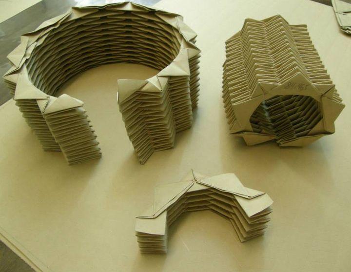 Les métiers en cartons et moules de la Maison du pli  (Maison du pli)