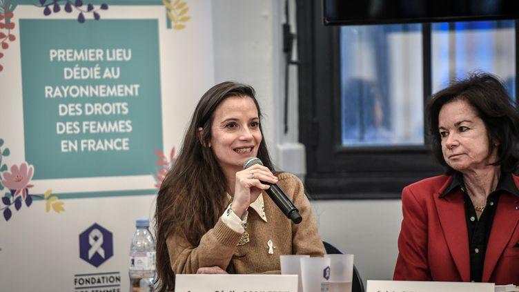 Anne-Cécile Mailfert (D),présidente de la Fondation des femmes, le 3 mars 2020. (STEPHANE DE SAKUTIN / AFP)